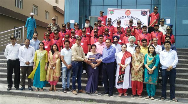 The farmers from Kupwara district of Jammu and Kashmir visited the department of Agricultural Sciences