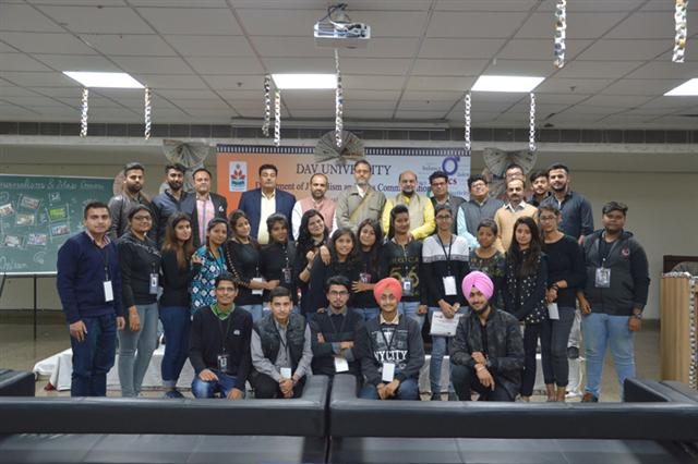 DAV University celebrates National Press Day