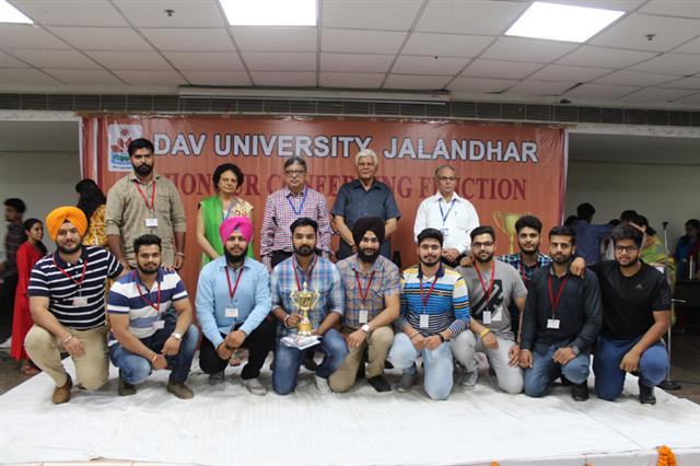Prize distribution organized at DAV University, 167 students honored