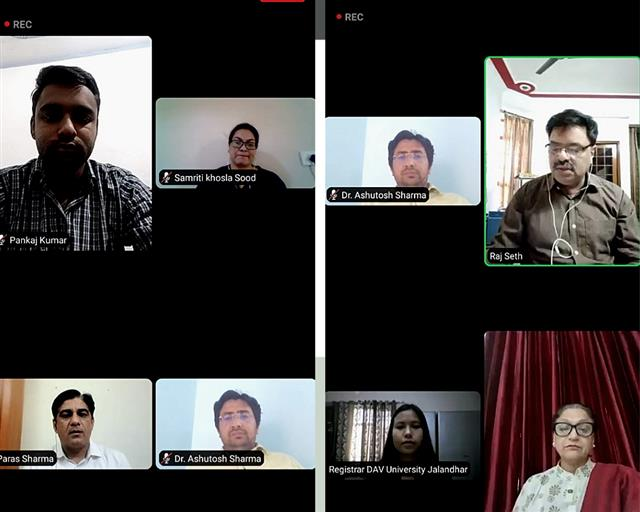 "NSS Unit at DAV University organized webinar on ""Nutrition and Malnutrition"""